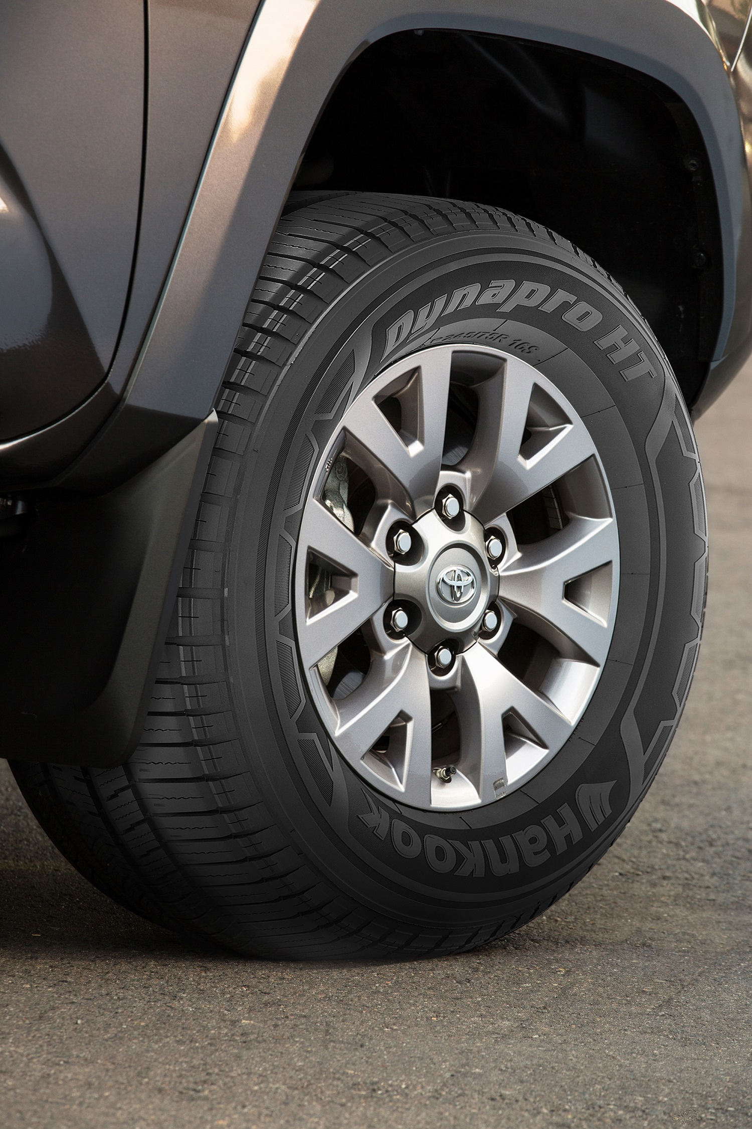 hankook tire to supply the all new 2016 toyota tacoma. Black Bedroom Furniture Sets. Home Design Ideas