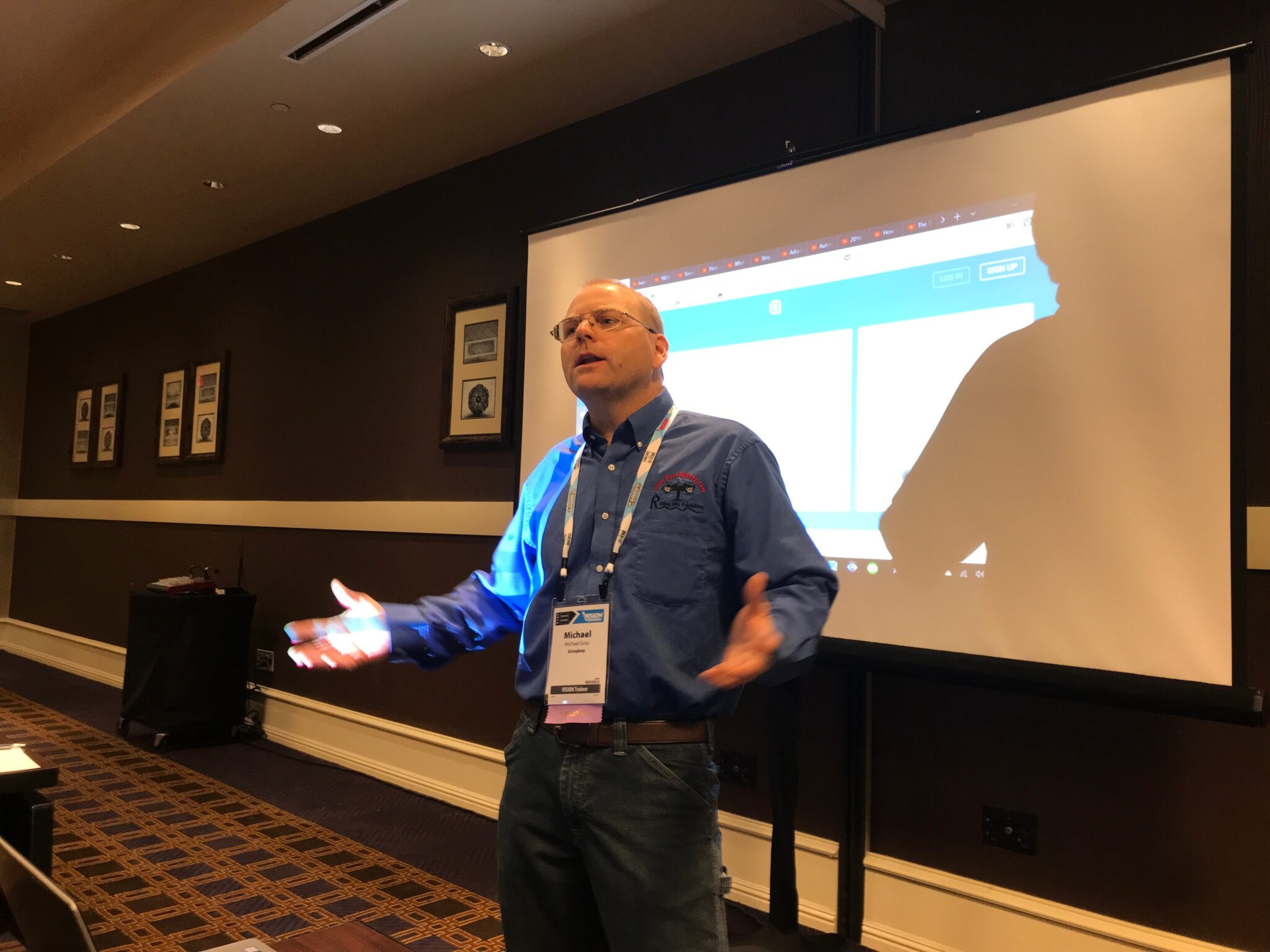 Michael Gary teaches class at Vision Hi-Tech Training and Expo